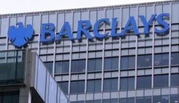 Foto Laba Barclays Naik Tiga Kali Lipat di 2016