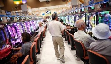 Foto Parlemen Jepang Setujui RUU Legalisasi Kasino