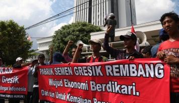 Foto Istana Pastikan Semen Indonesia Hentikan Proses Penambangan