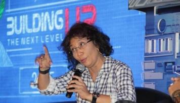 Foto Menteri Susi: Siapa Bilang Ada Pulau Diambil Alih Asing?