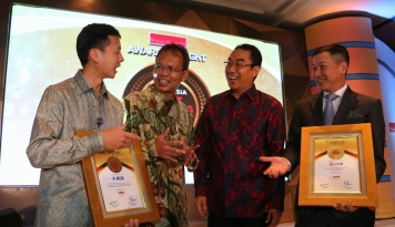 Foto BCA Borong Lima Penghargaan di Indonesia Best Banking Brand Award