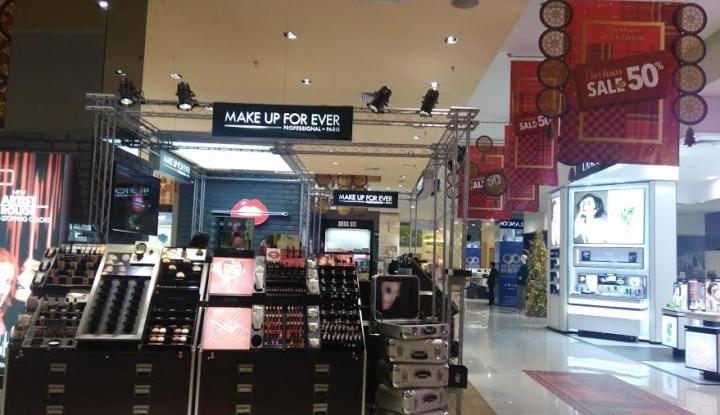 Foto Berita Sepinya Pasar MMTC Medan, Pedagang Tetap Yakin