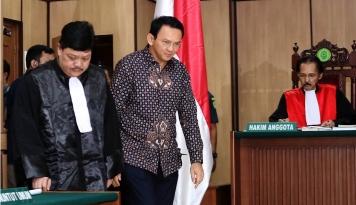 Foto Tuntut Ahok Satu Tahun, JPU Dilaporkan ke Komisi Kejaksaan