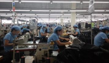 Foto China Laporkan Defisit Perdagangan Pertama Sejak 2014
