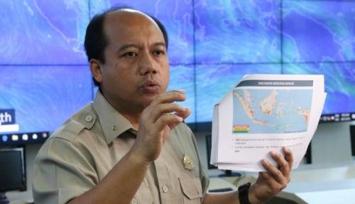 Foto BNPB Tingkatkan Status Gunung Agung Jadi Awas