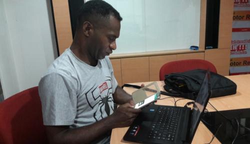 Foto Blackberry Tuntut Nokia Soal Hak Paten
