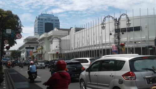 Foto Polisi: Bukan Tarif Pajak Kendaraan yang Naik, tapi PNBP