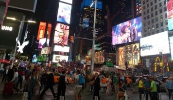 Foto Wall Street Berakhir Bervariasi di Tengah Laporan Ekonomi