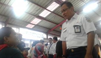 Foto Jelang Mudik 2018, Bos KAI Cek Rel Kereta Jalur Selatan