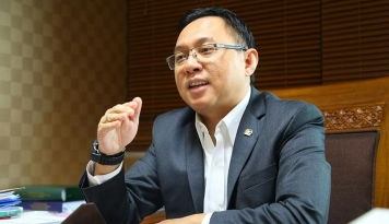 Foto Komisi XI Desak Menkeu Jelaskan Alasan Pemutusan Hubungan dengan JP Morgan