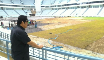 Foto April, Stadion Parikesit Persiba Dibongkar