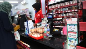 Foto Minimarket di Bali Alami Krisis SDM