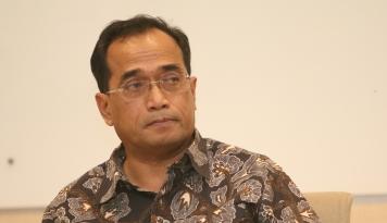 Foto Menhub dan Menteri BUMN akan Tinjau Perkembangan MRT-Kereta Bandara