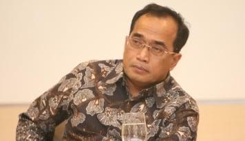 Foto Soal OTT Anak Buahnya, Menhub: Serahkan ke KPK