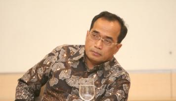 Foto Pemerintah Dorong Kerja Sama Taksi Konvensional dan Online
