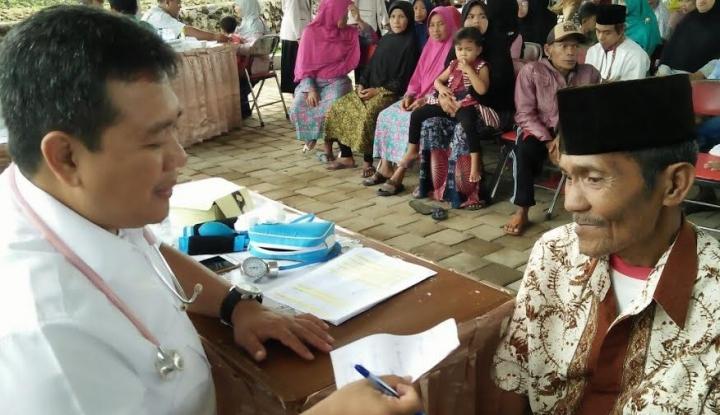 Foto Berita 1500 Warga Dapat Pengobatan Gratis