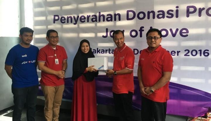 Foto Berita Awal Tahun, Telkom Group dan blanja.com Kasih Kado Manis