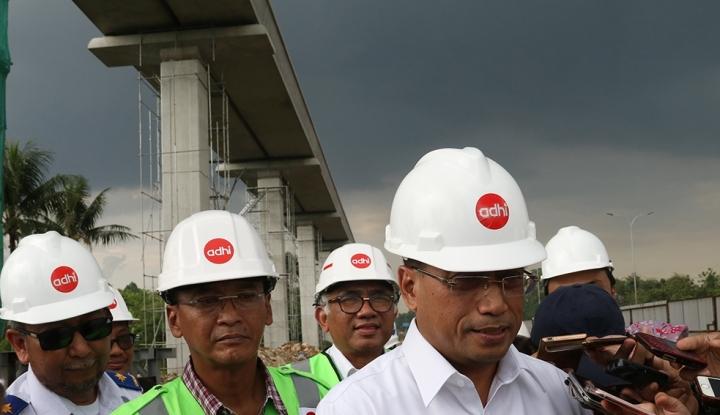 Foto Berita Menhub Puji Skema Pembiayaan LRT dan Bandara Kertajati