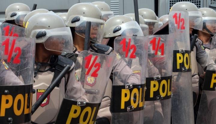Foto Berita Mau Reshuffle, Jokowi Malah Didemo