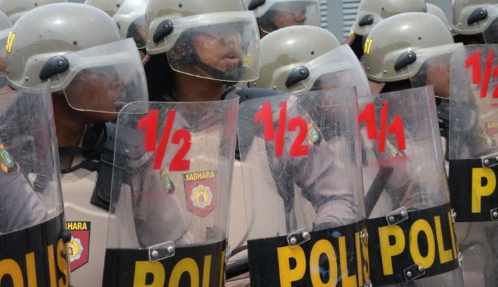 Foto Berita Retribusi Pajak Dinilai Sarat Korupsi, Massa GMBI Bikin Ricuh Bekasi