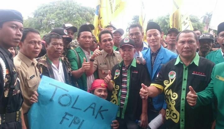 Foto Berita Aliansi Pemuda Islam Tolak FPI di Balikpapan