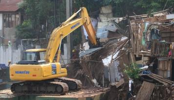 Foto Warga Tamansari Bandung Mengungsi di Masjid, Walikota Gak Bertanggungjawab?