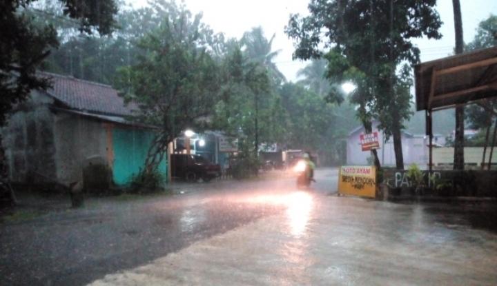 Foto Berita Tunjang Kegiatan Ekonomi, Banjarnegara Fokus Tingkatkan Infrastruktur Jalan