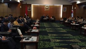 Foto Pimpinan MPR RI Terima Kunjungan Kehormatan Parlemen Korea Selatan