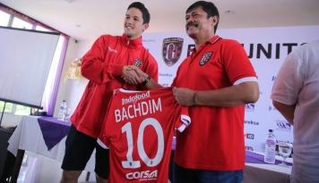 Foto Irfan Bachdim Berlabuh di Bali United