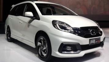 Foto Awal Tahun 2017, Honda Klaim Jual 16 Ribu Mobil