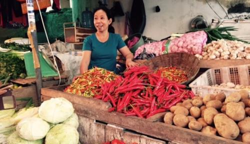 Foto CIPS: Fluktuasi di Pasar Sebabkan Harga Bahan Pangan Meningkat