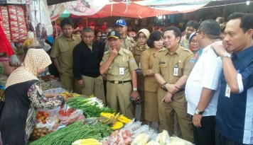 Foto KPPU dan TPID Balikpapan Temukan Indikasi Kartel Cabai