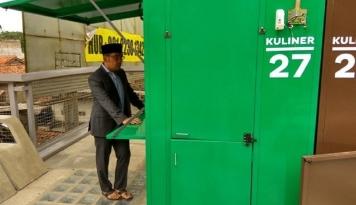 Foto Emil Masih Mendata Relokasi PKL Skywalk Cihampelas