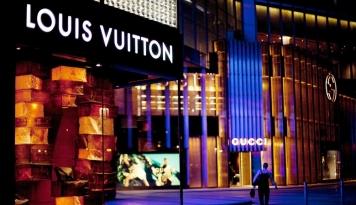 Perluas Pasar Ekonomi Kreatif, Sandiaga Gandeng Louis Vuitton