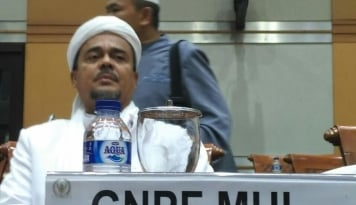 Foto Prabowo Jemput Habib Rizieq, Biar Kampanye Gratis?