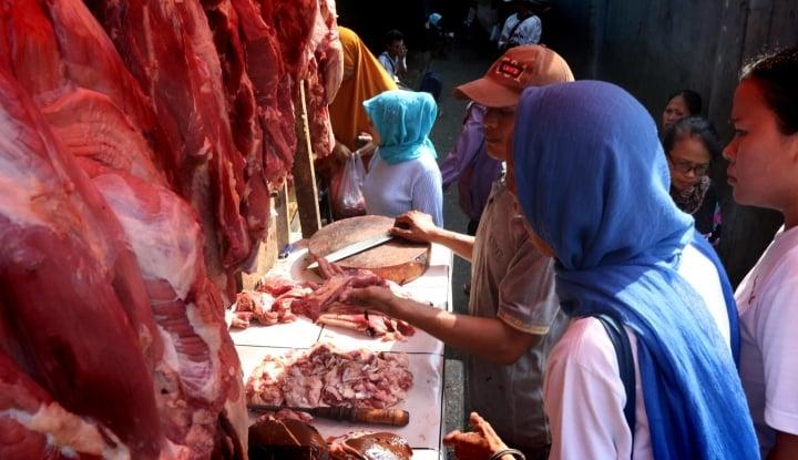 Foto Berita Pedagang Jamin Stok Daging Aman untuk Nataru
