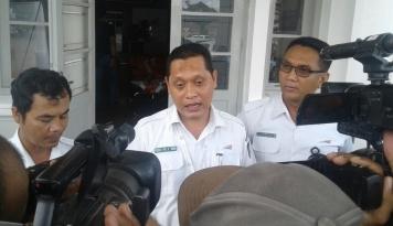 Foto Dukung Kereta Cepat, Daop 2 Bandung Tertibkan Aset