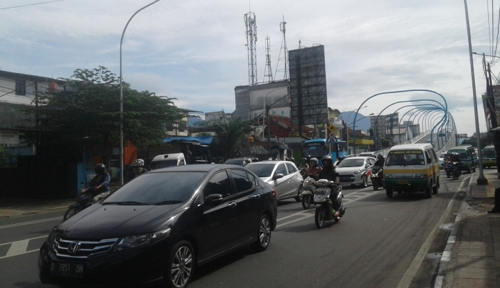 Foto Berita Parkir Sembarangan, Siap-Siap Bakal Kena Hukuman Ini di Bandung