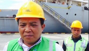 Foto Dua Kontainer Surat Suara Pilgub DKI Diangkut Kapal Marina Star