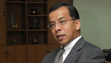 Foto Bank Danamon Setujui Pengunduran Diri Emirsyah Satar