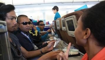 Foto Mudik Pakai Pesawat? Ini Cara Pilih Posisi Kursi