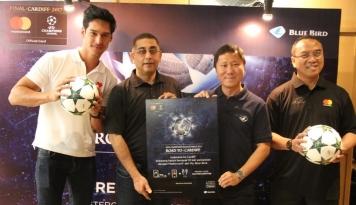 Foto Blue Bird & Mastercard Ajak Nonton Final Liga Champion