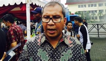 Foto Cuaca Ekstrem, Wali Kota Makassar Perintahkan Buka Posko Siaga Bencana