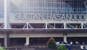 Foto Bandara Hasanuddin Perketat Pemeriksaan Barang Elektronik