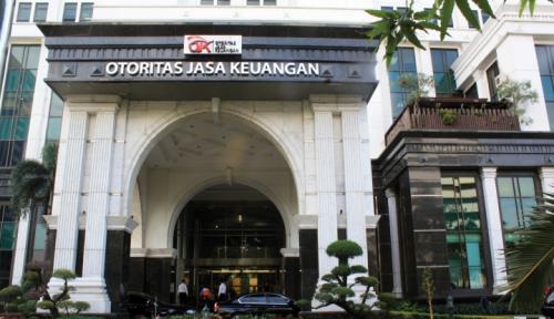 Foto Jokowi Putuskan 14 Nama Calon DK OJK Masuk Meja DPR