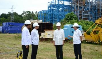 Foto Warga Maluku Mengeluh ke Presiden: Kapasitas Listrik Kurang, Pak