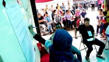 Foto Survei INES: Paslon Bursa-Parhan Paling Diinginkan Menjadi Bupati Lahat