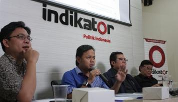 Foto Indikator Politik: Basuki-Djarot dan Anies-Sandi Masih Unggul