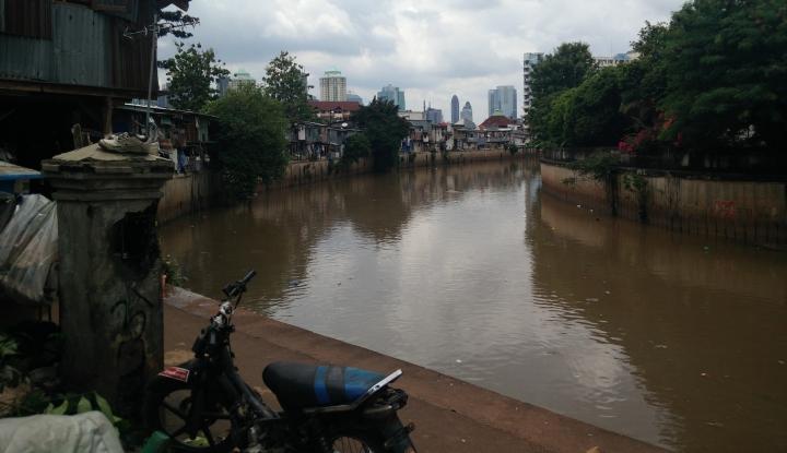 Pemprov DKI Tambah Alat Berat untuk Normalisasi Kali - Warta Ekonomi