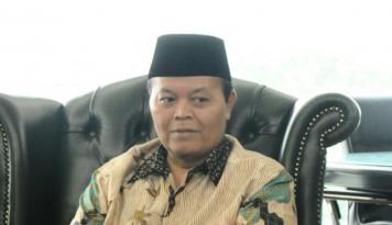 Foto Krisis Negara Teluk, HNW: Indonesia Harus Ambil Peran Fasilitator